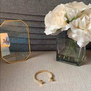 Jewelry - J. Crew  gold bangle